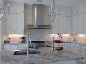 Oceanside Cabinets -Spencer Kitchen Full View With Range